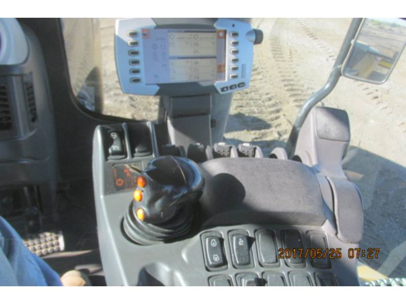 AGCO-CHALLENGER LANDWIRTSCHAFTSTRAKTOREN MT845E equipment  photo 10