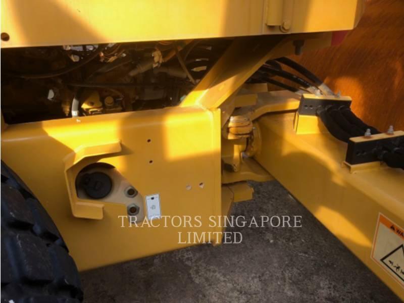 CATERPILLAR VIBRATORY SINGLE DRUM SMOOTH CS-533E equipment  photo 9