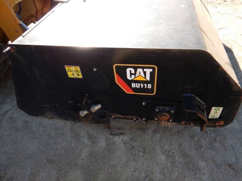 CATERPILLAR SKID STEER LOADERS 246D equipment  photo 11