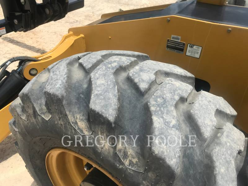 CATERPILLAR TELEHANDLER TL1255D equipment  photo 11