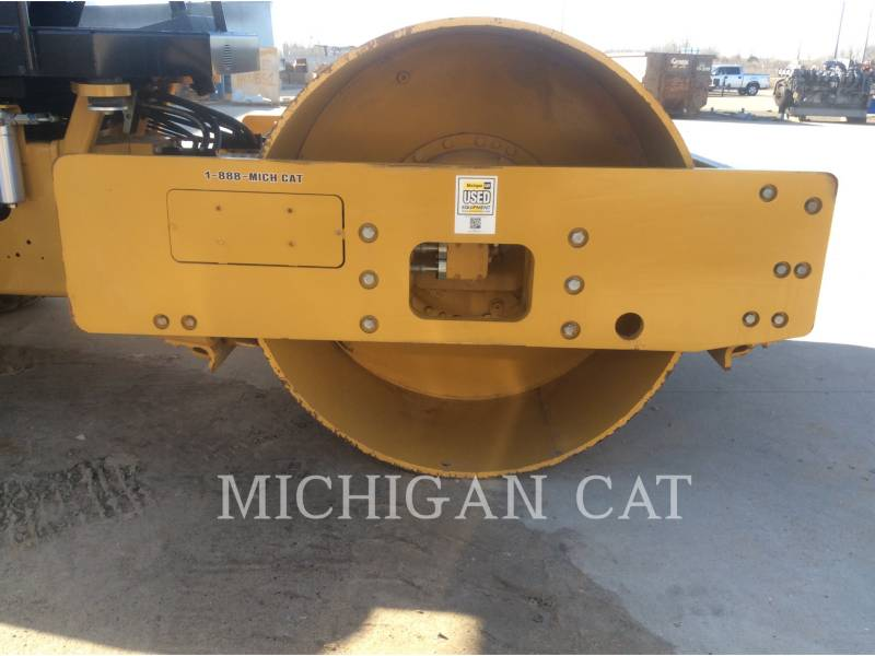 CATERPILLAR VIBRATORY SINGLE DRUM SMOOTH CS54B equipment  photo 17