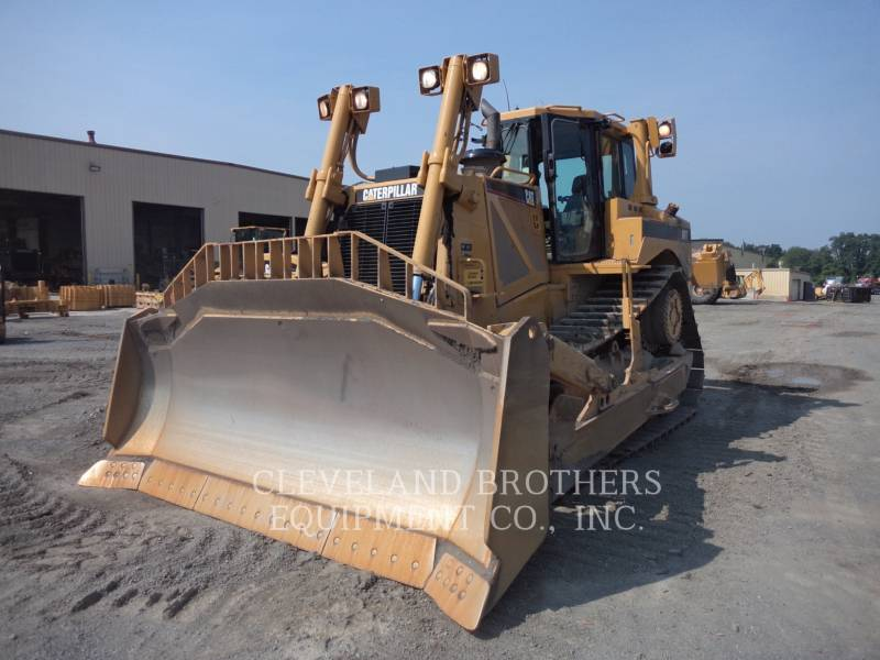 CATERPILLAR KETTENDOZER D8T R equipment  photo 1