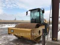 CATERPILLAR VIBRATORY SINGLE DRUM SMOOTH CS74B equipment  photo 1
