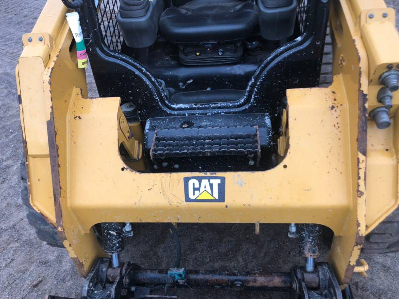 CATERPILLAR PALE COMPATTE SKID STEER 242 D equipment  photo 18