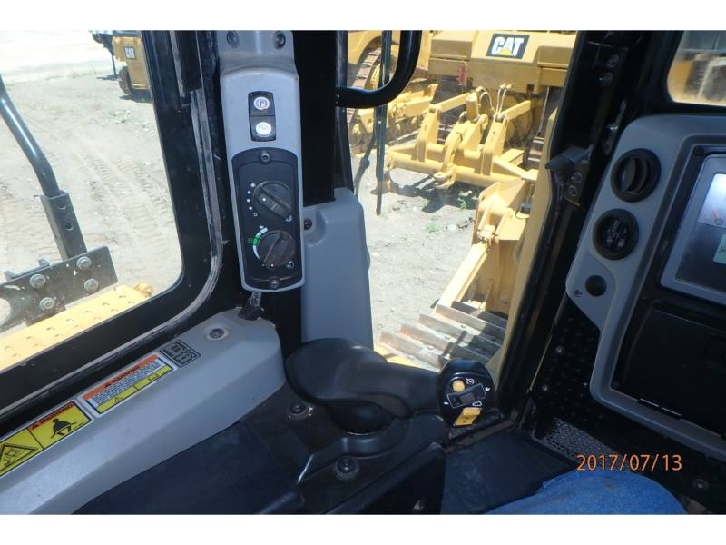 CATERPILLAR TRATORES DE ESTEIRAS D6TXL equipment  photo 16