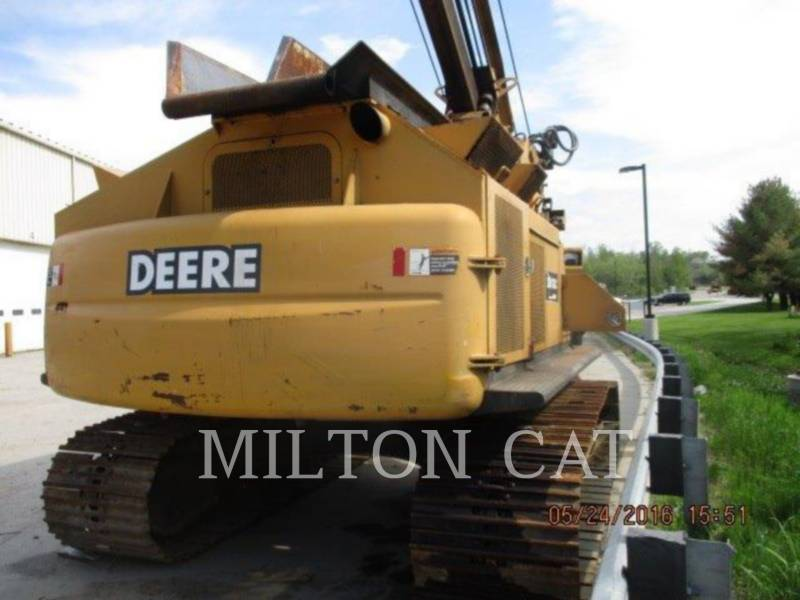 JOHN DEERE HERRAMIENTA: DESRAMADOR 200C LC equipment  photo 4