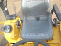 CATERPILLAR ROLO COMPACTADOR DE ASFALTO DUPLO TANDEM CB-224E equipment  photo 13