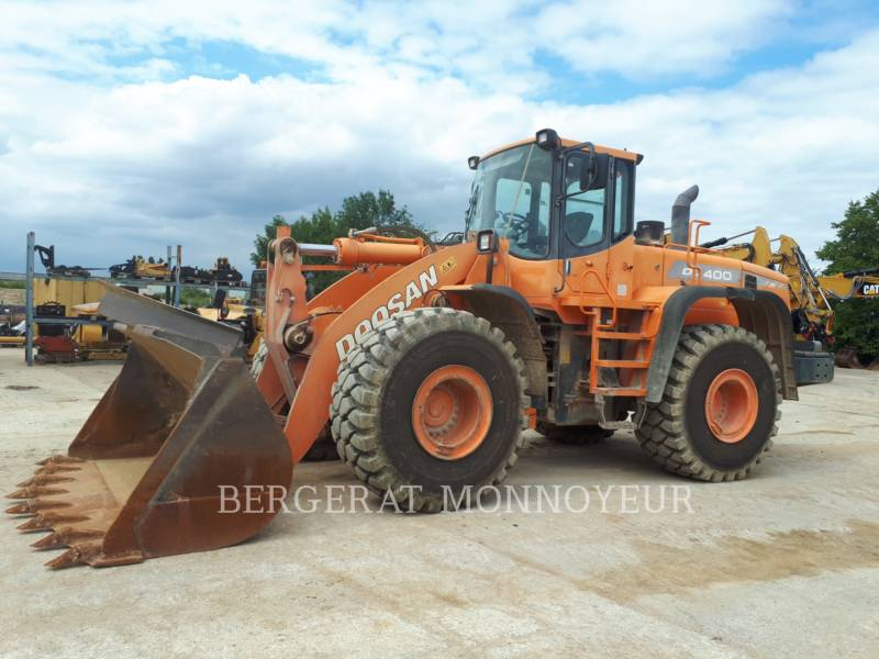 DOOSAN INFRACORE AMERICA CORP. WHEEL LOADERS/INTEGRATED TOOLCARRIERS DL400 equipment  photo 1