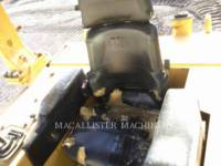 CATERPILLAR TRACK TYPE TRACTORS D6MXL equipment  photo 18