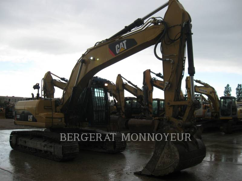 CATERPILLAR PELLES SUR CHAINES 323D equipment  photo 1