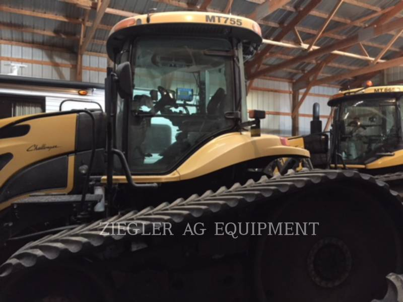 AGCO-CHALLENGER TRACTORES AGRÍCOLAS MT755 equipment  photo 1