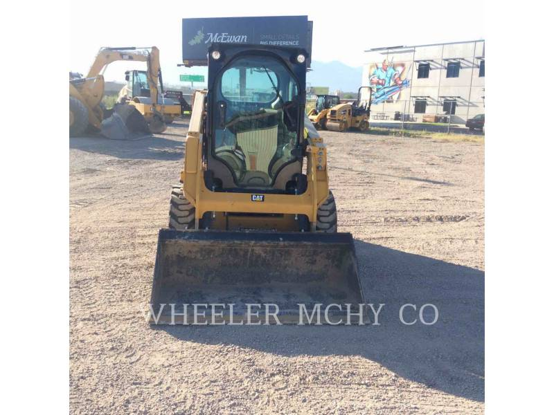 CATERPILLAR SKID STEER LOADERS 226D C3 equipment  photo 1