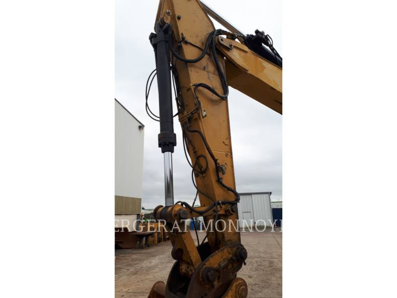 CATERPILLAR TRACK EXCAVATORS 323D equipment  photo 9