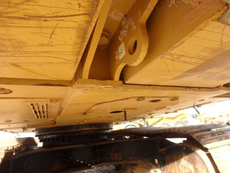 CATERPILLAR TRACK EXCAVATORS 336ELH equipment  photo 23