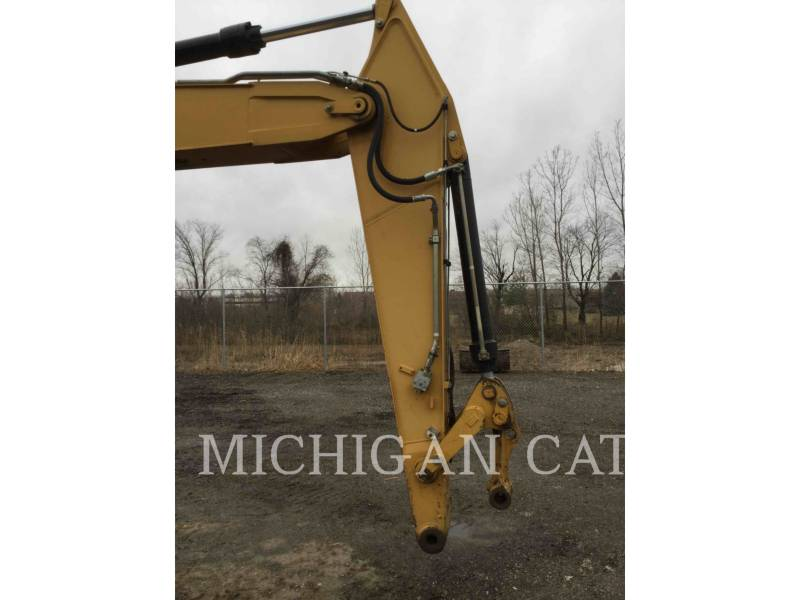 CATERPILLAR PELLES SUR PNEUS M322D equipment  photo 19
