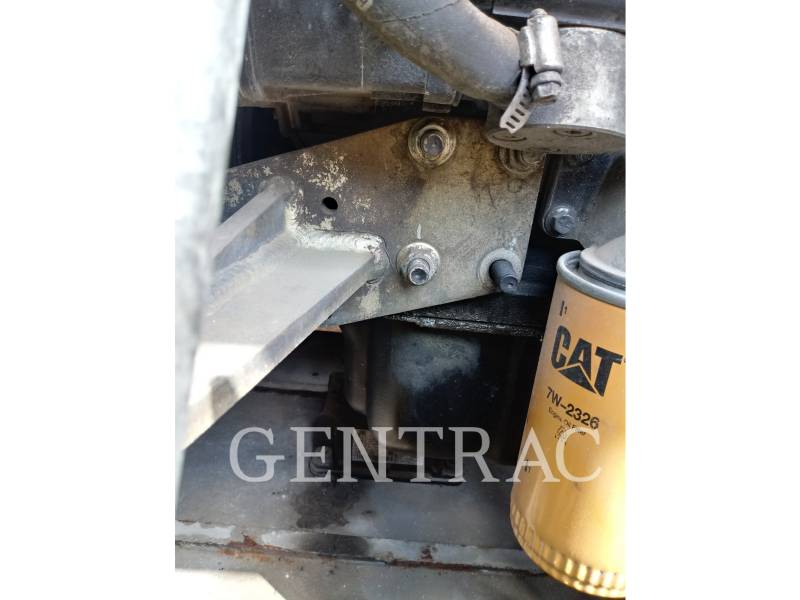 Caterpillar STIVUITOR TELESCOPIC TH406C equipment  photo 11