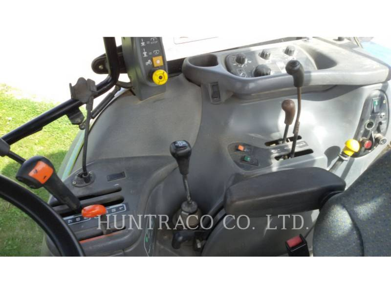 NEW HOLLAND LTD. TRACTORES AGRÍCOLAS TS115 equipment  photo 18