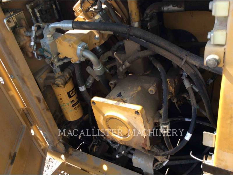 CATERPILLAR TRACK EXCAVATORS 374DL equipment  photo 6