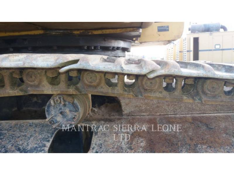 CATERPILLAR TRACK EXCAVATORS 320 D equipment  photo 9