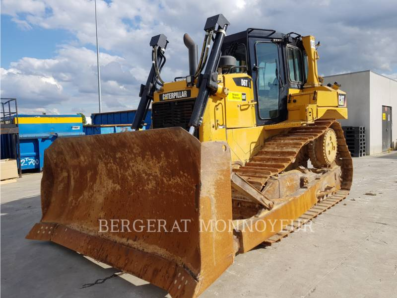 CATERPILLAR TRACTORES DE CADENAS D6T3B XL equipment  photo 2