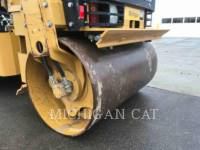 CATERPILLAR TAMBOR DOBLE VIBRATORIO ASFALTO CB24 equipment  photo 18