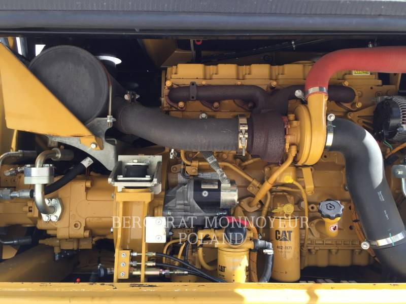CATERPILLAR MOBILBAGGER M316D equipment  photo 9