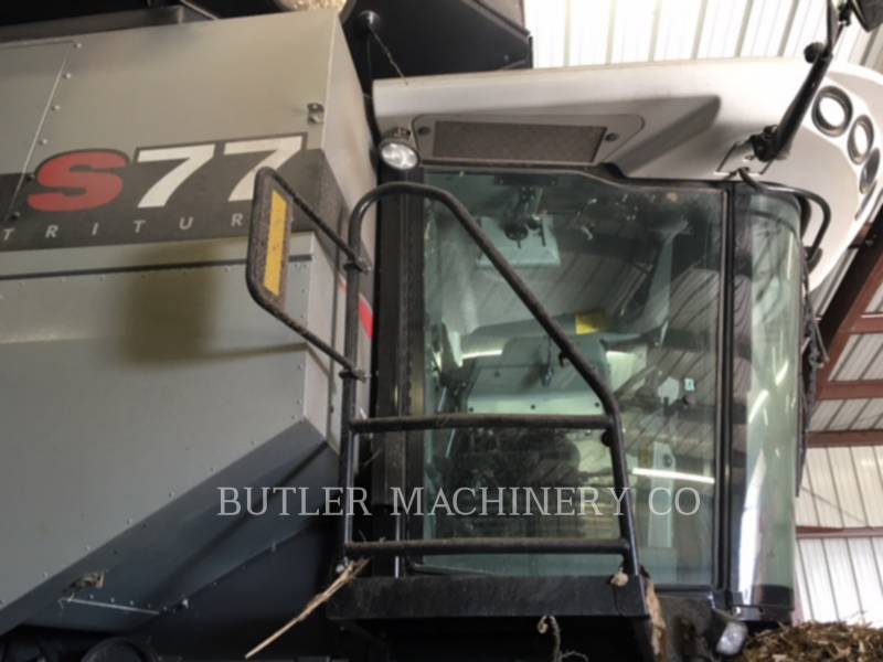 GLEANER COMBINAZIONI S77 equipment  photo 2
