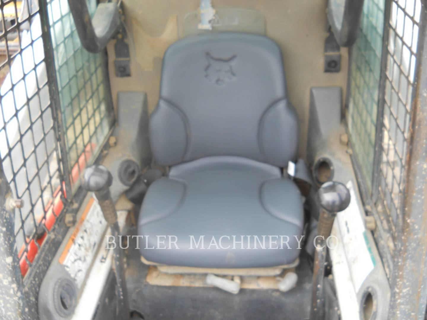 Detail photo of 2006 Bobcat T300 from Construction Equipment Guide