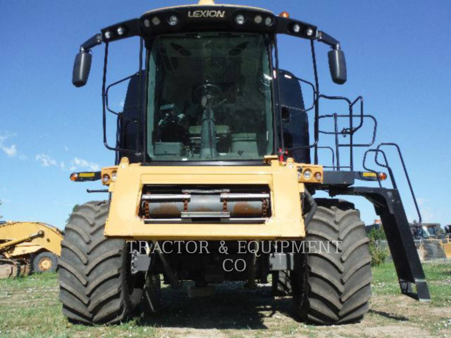 Detail photo of 2011 Lexion LX740 from Construction Equipment Guide