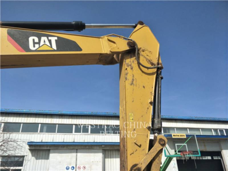 CATERPILLAR TRACK EXCAVATORS 326 D2 equipment  photo 15