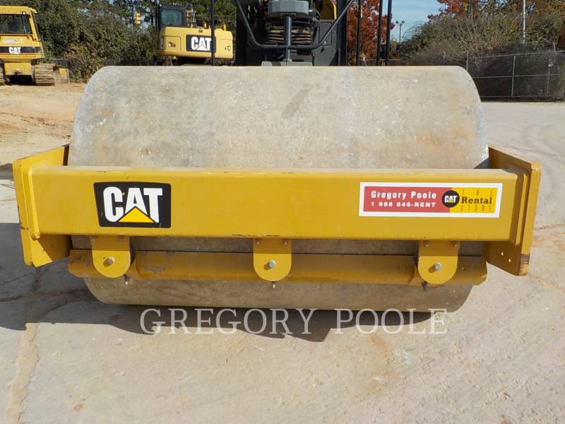 CATERPILLAR COMPACTEUR VIBRANT, MONOCYLINDRE LISSE CS-54B equipment  photo 8