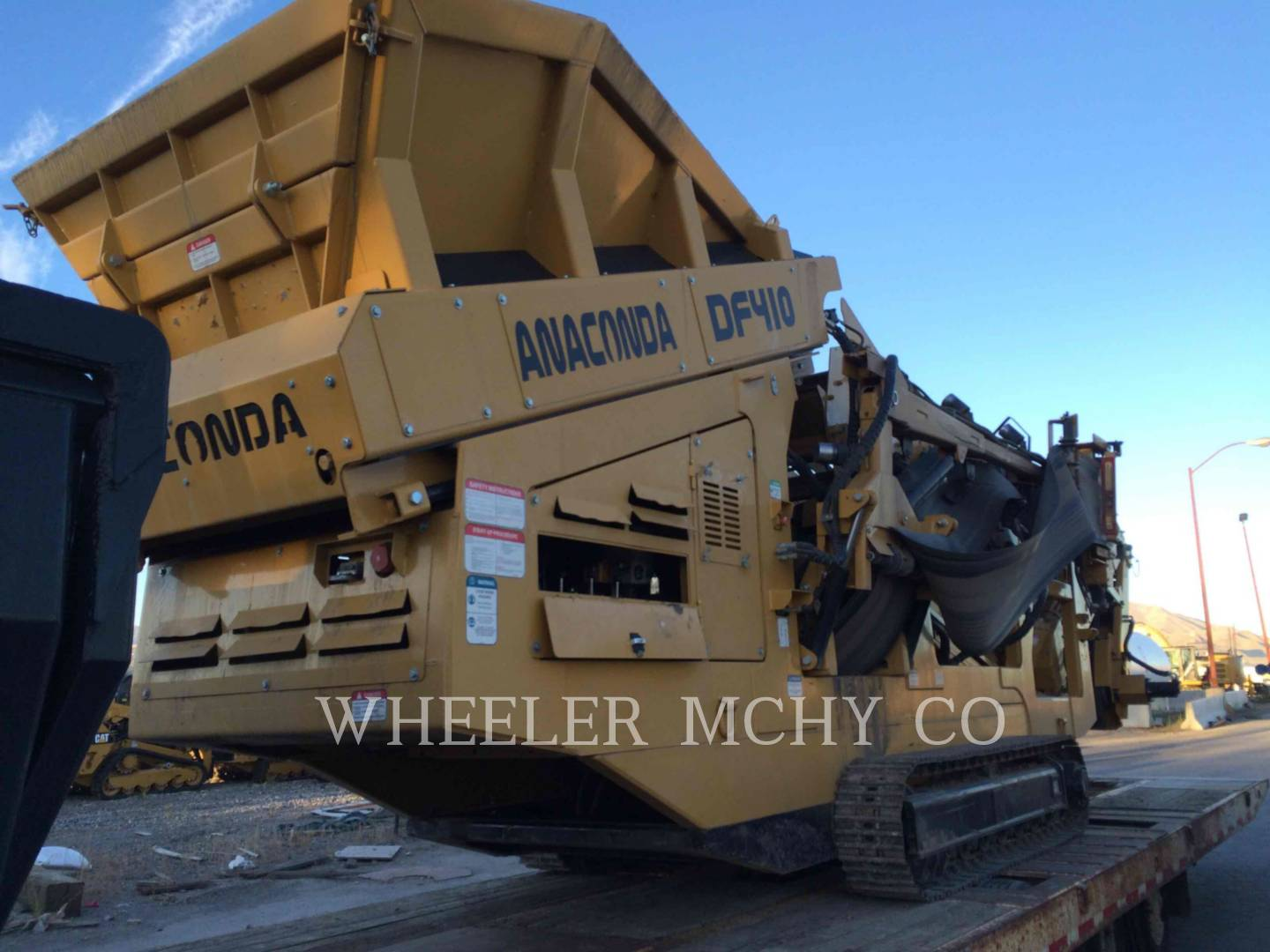 Detail photo of 2013 Anaconda DF410 SCRN from Construction Equipment Guide