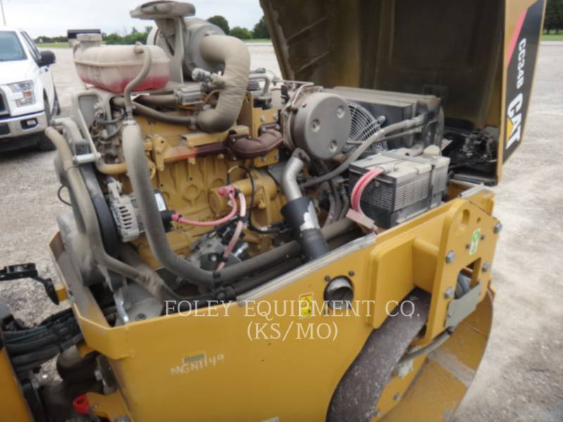 CATERPILLAR COMPACTORS CC34B equipment  photo 11