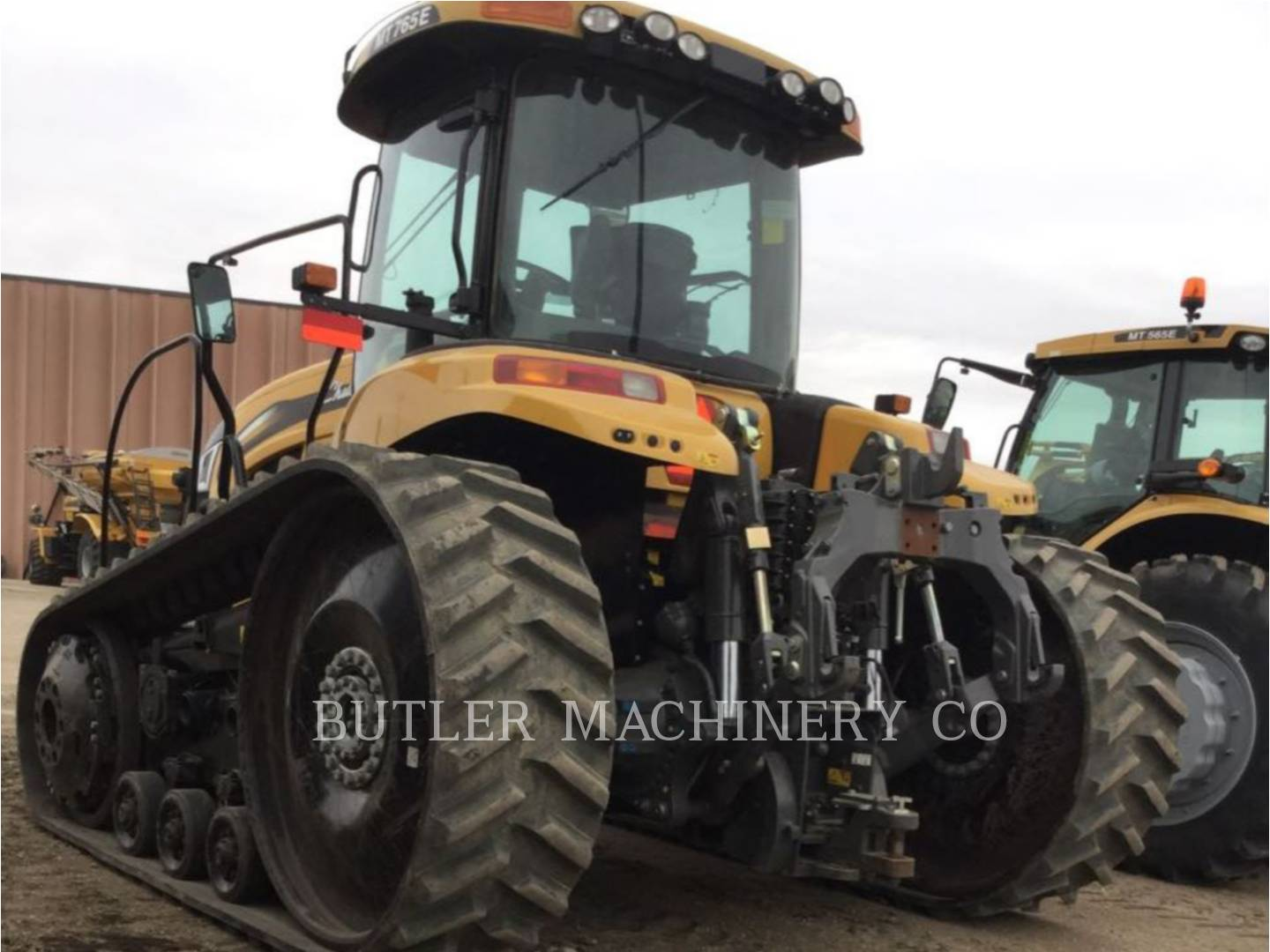 Detail photo of 2015 Challenger MT765E from Construction Equipment Guide