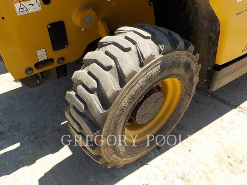 CATERPILLAR TELEHANDLER TH255C equipment  photo 18