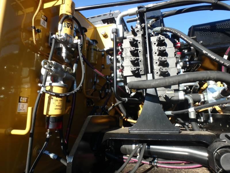 CATERPILLAR FORESTRY - FELLER BUNCHERS - TRACK 521B equipment  photo 18