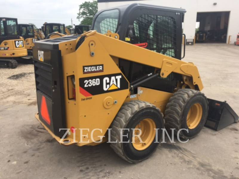 Caterpillar MINIÎNCĂRCĂTOARE RIGIDE MULTIFUNCŢIONALE 236DS equipment  photo 3