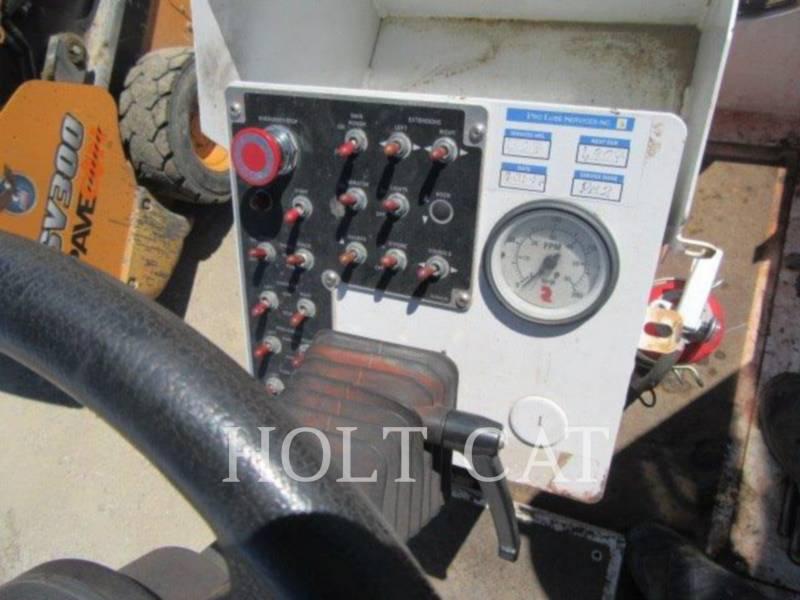 ROADTEC ASPHALT PAVERS RB170 equipment  photo 8