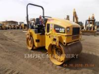 CATERPILLAR VIBRATORY DOUBLE DRUM ASPHALT CB34B equipment  photo 1
