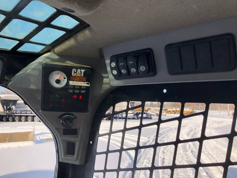 CATERPILLAR SKID STEER LOADERS 236D equipment  photo 22
