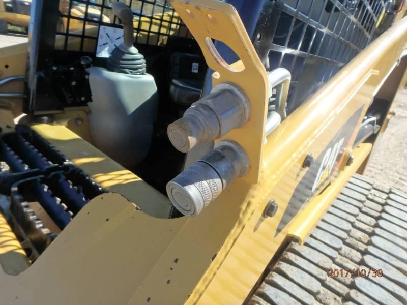 CATERPILLAR CHARGEURS TOUT TERRAIN 247B3 equipment  photo 21