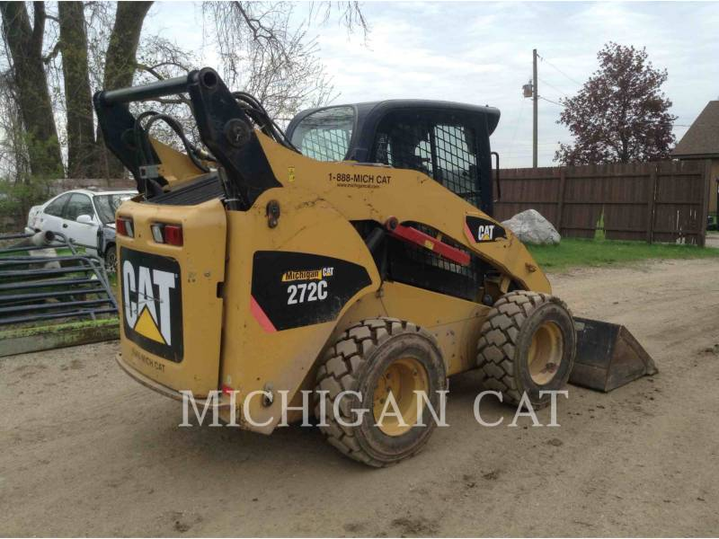 CATERPILLAR SKID STEER LOADERS 272C AQ equipment  photo 3