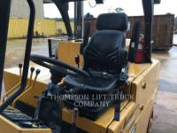 ROYAL LIFT TRUCKS FORKLIFTS T300CS equipment  photo 2