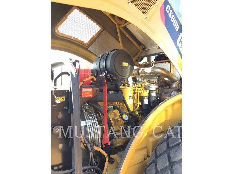 CATERPILLAR PAVIMENTADORA DE ASFALTO CS66B equipment  photo 9
