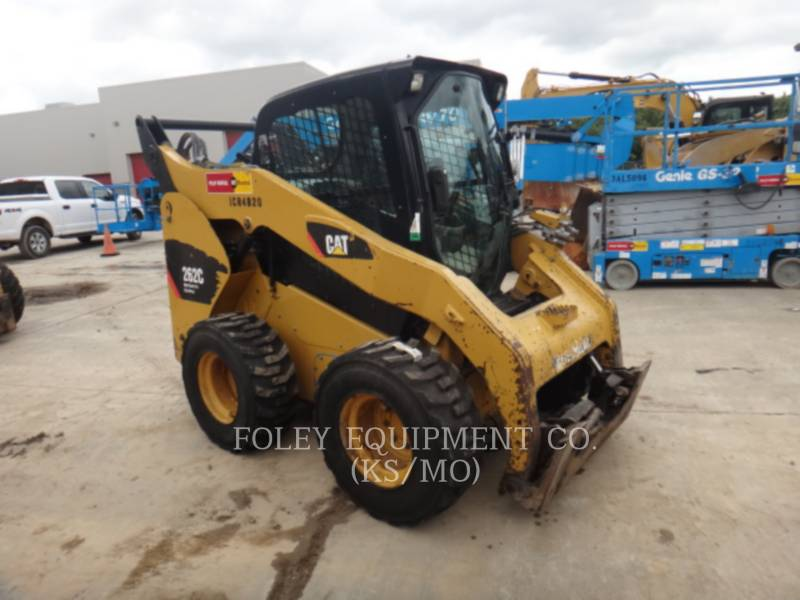 CATERPILLAR SKID STEER LOADERS 262CXPS2CA equipment  photo 1
