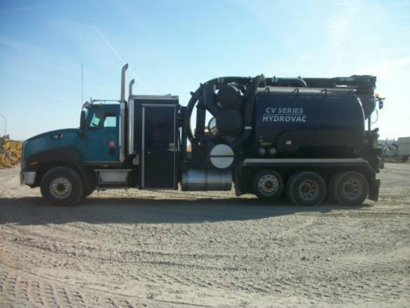 CATERPILLAR CAMIONES DE CARRETER CT660L equipment  photo 5