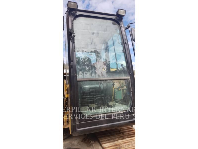 CATERPILLAR TRACK EXCAVATORS 323D2L equipment  photo 24