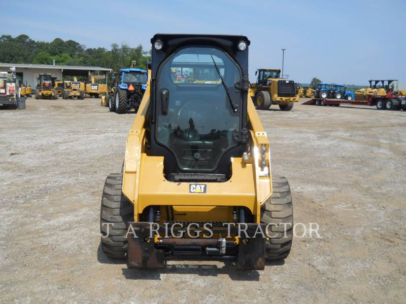 CATERPILLAR PALE COMPATTE SKID STEER 242D A equipment  photo 8