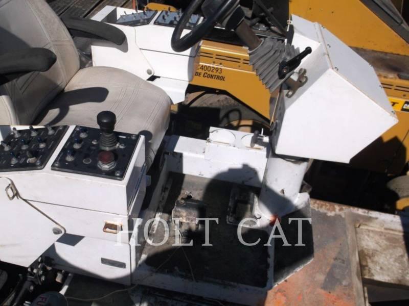 ROADTEC ASPHALT PAVERS RP190E equipment  photo 9