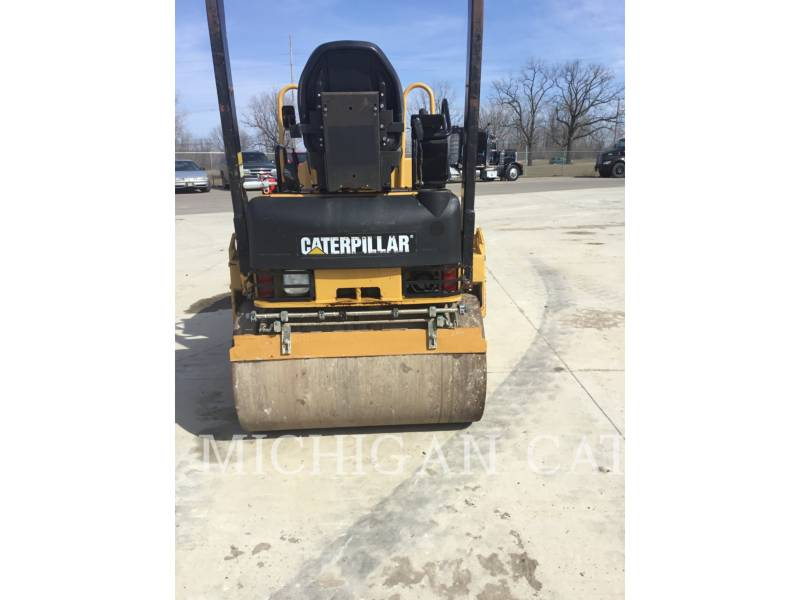 CATERPILLAR COMPACTEURS TANDEMS VIBRANTS CB24 equipment  photo 8